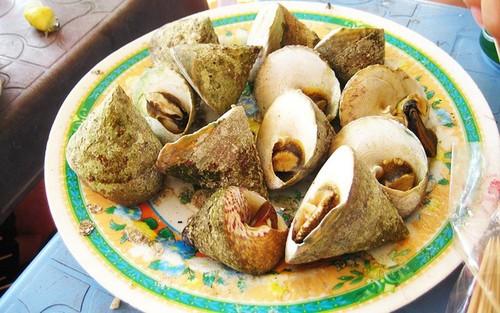 Ốc vú nàng - đặc sản biển đạo mà bạn sẽ phải thích mê ngay khi đi tour du lịch Côn Đảo.
